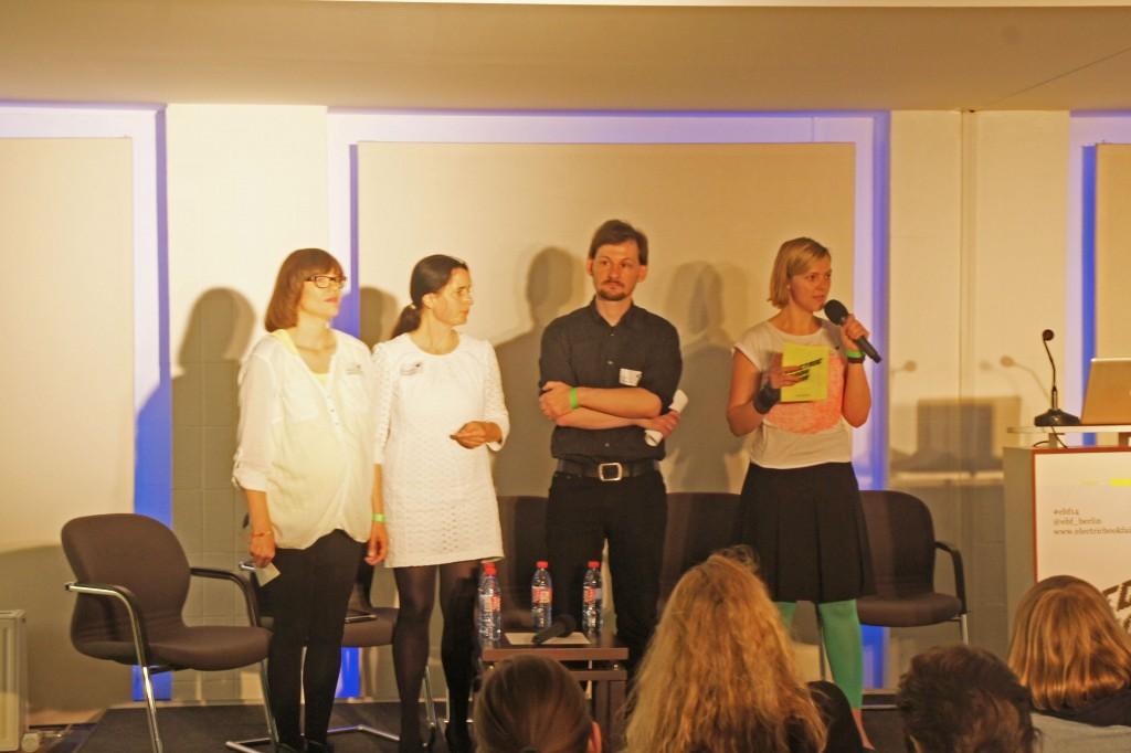 Die vier Kuratoren (v.l.n.r.: Nikola Richter, Christiane Frohmann, Fabian Thomas, Andrea Nienhaus)