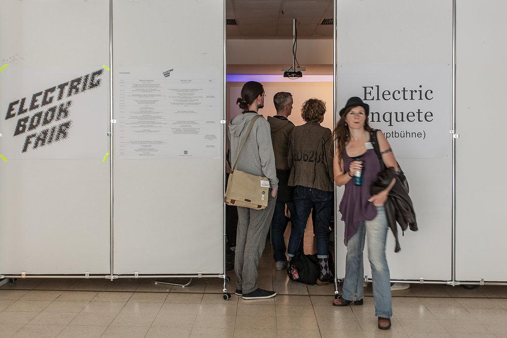 Eingang zum Electric Enquete.